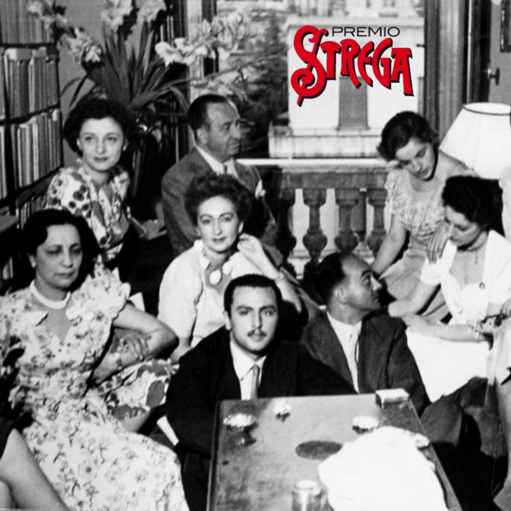 Una delle prime immagini degli Amici della domenica. Si riconoscono, fra gli altri, Maria Bellonci, Aldo Palazzeschi, Alba De Cèspedes, Libero Bigiaretti e Anna Proclemer.
